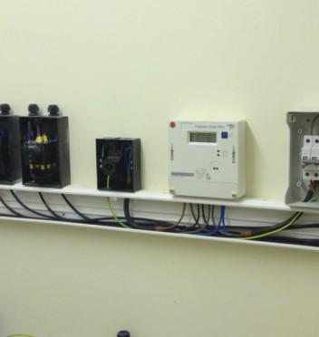 3-phase-meter-isolators